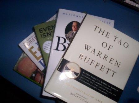 Did warren buffet write a book